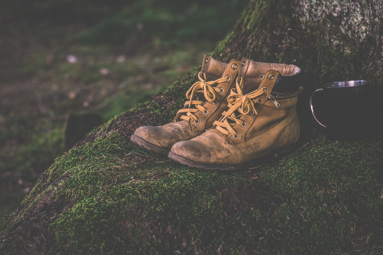 Do Hiking Boots Stretch